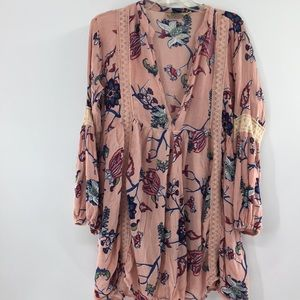 S.R Fashion pink floral tunic top no size tag